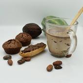 Que diriez vous d'un bon chocolat chaud ?☕ Nous vous disons oui ! La sucette au chocolat spécial chocolat chaud va ensoleillés vos petit déjeuner 🌞accompagné de sa petite tartine de gianduja, cette pâtes à tartiner en régalera plus d'un 🍪